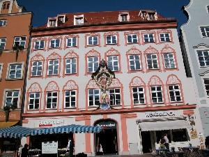 Umbau Silbernaglhaus Altstadt 72 in Landshut (Hugendubel)