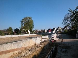 1256_Hochwasserschutzmauer_Pfettrach_in_Altdorf_BA_2_Unterabschnitt_2
